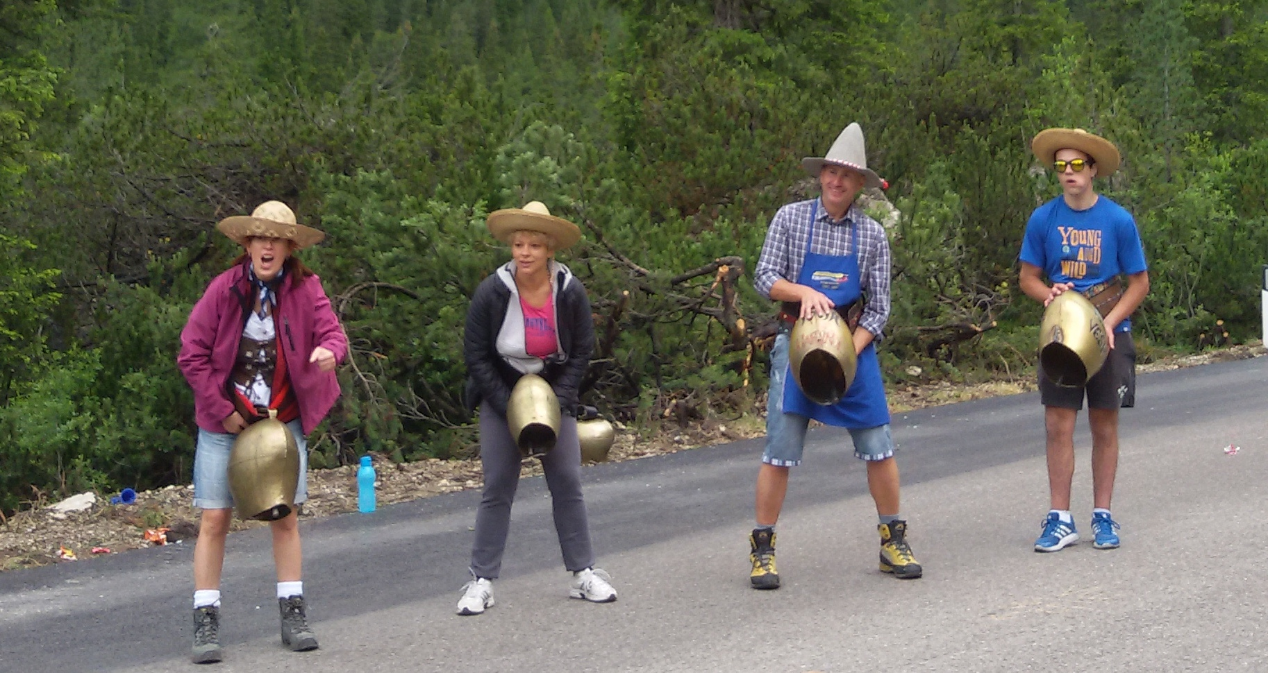 maratona delle dolomiti suonatori di campanacci