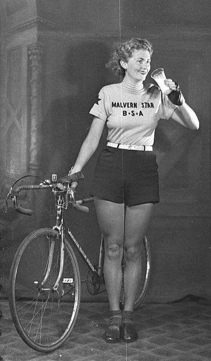 la bici ingrossa le gambe ciclista vintage