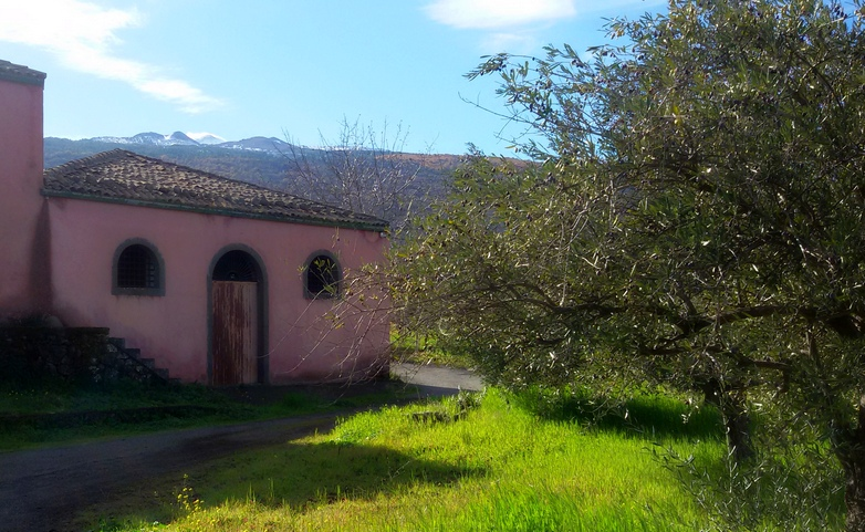 L'Etna in bicicletta casa rosa rurale