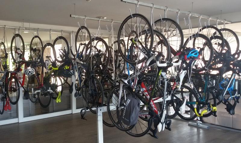 deposito bici bike hotel Romagna