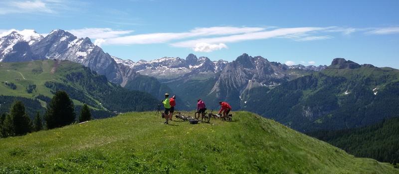 Dolomiti in bici dal Passo Sella Mariateresa Montaruli