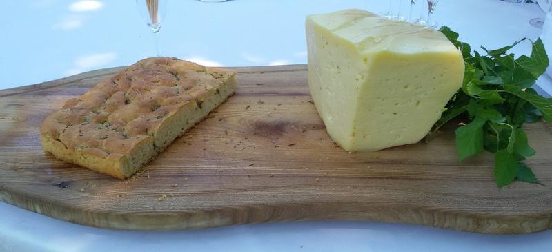 focaccia e formaggio