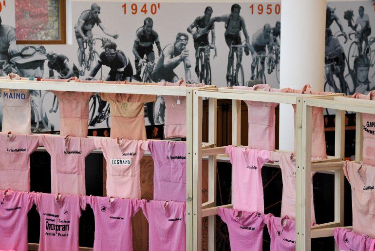 maglia rosa al museo del ghisallo