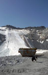 tacchi alti in bici ghiacciaio presena