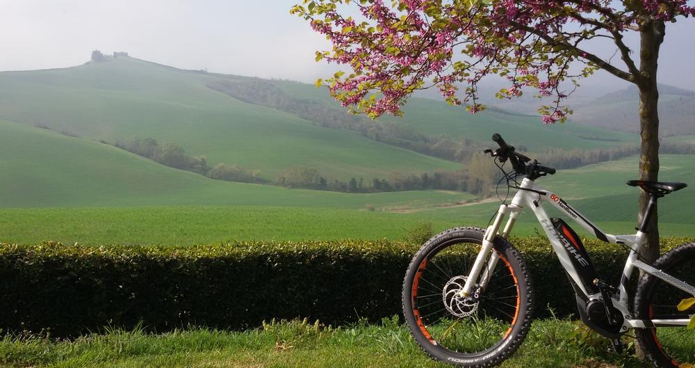 bike hotel campagna toscana