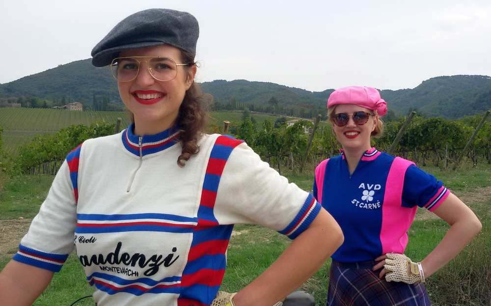 L'Eroica 2017 cicliste con rossetto