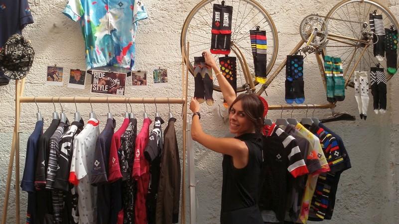 calzettoni e maglie da ciclista bike inside
