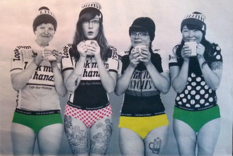 andare in bici in inverno: tisana calda e cappello, dal magazine di Look mum no hands
