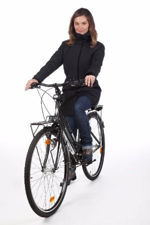andare in bici in inverno magic parka