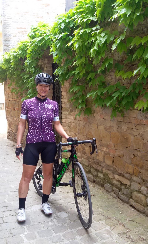 La guida cicloturistica Micol Mancini a Fiorenzuola di Focara