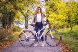ebike o bici a pedalata assistita da donnanna