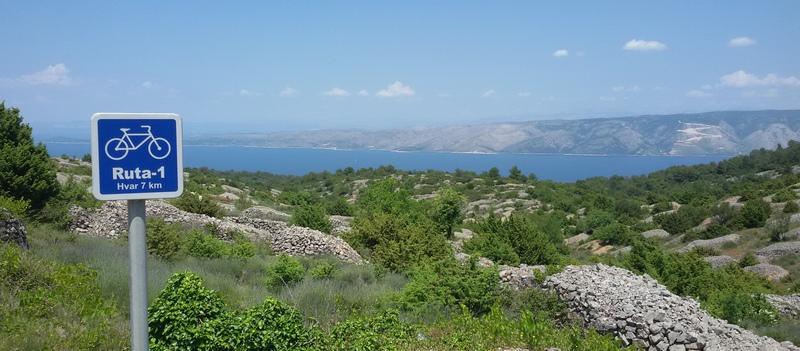 Croazia in bicicletta: Hvar nei dintorni di Dol di Mariateresa Montaruli