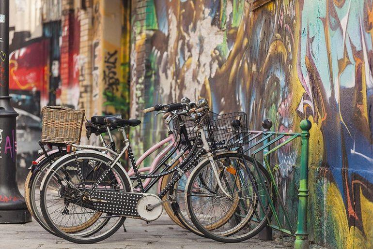 bici per donna rastrelliera a Milano