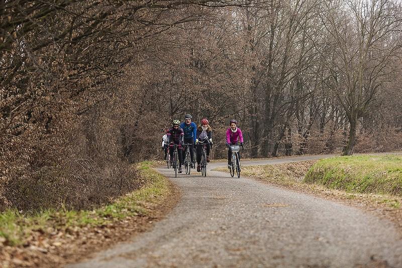 bici fa bene. campagne a sud di Milano