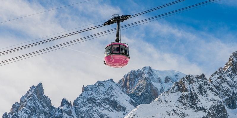 Cabina rosa Skyway Montebianco Giro d'Itaia 2019