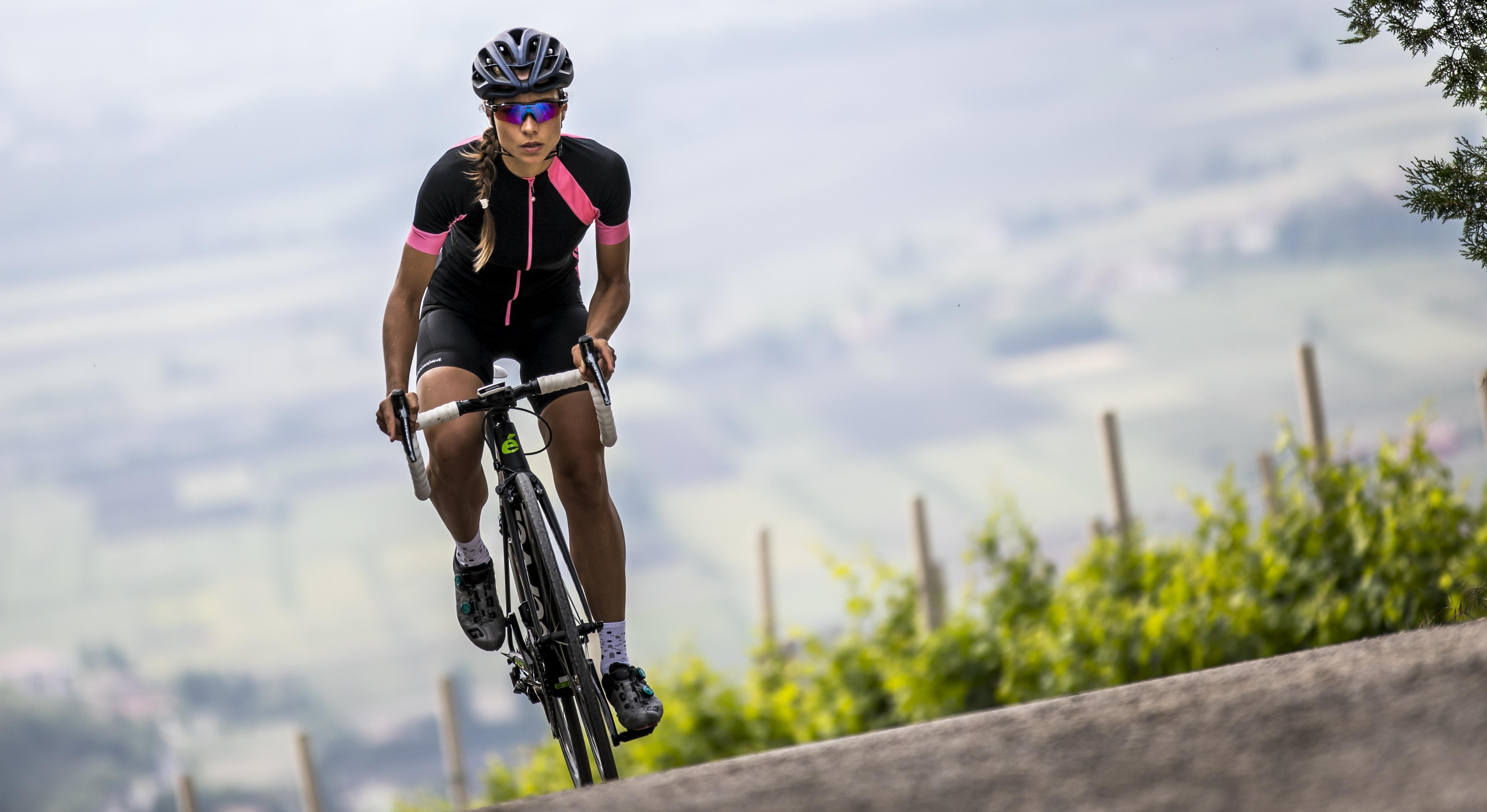 abbigliamento tecnico femminile da bici: completo collezione Castelli 2019