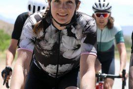abbigliamento ciclismo donna dark floral, maglia del brand Velocio