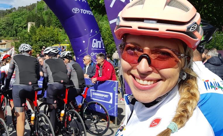 Crystal Robertson al Giro-e a Usella