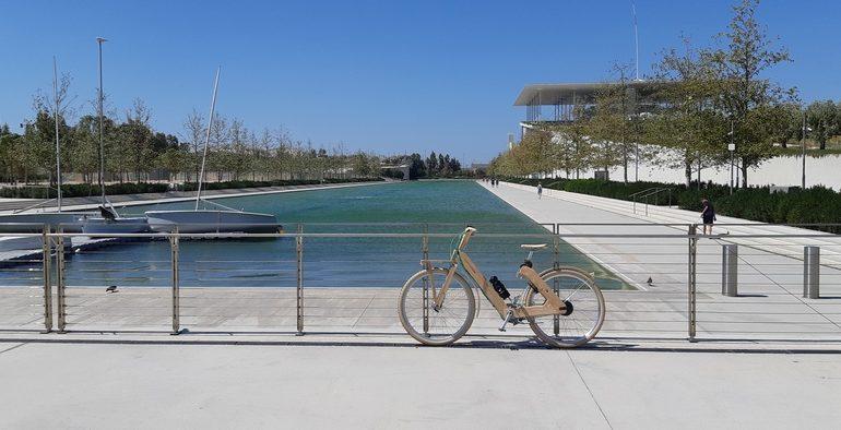 coco mat bike bicicletta di legno centro stavros niarchos atene