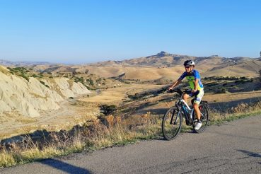 basilicata in bici calanchi