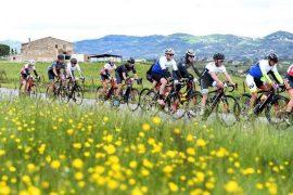 ebike ricerche giro d'italia con bici da corsa elettriche