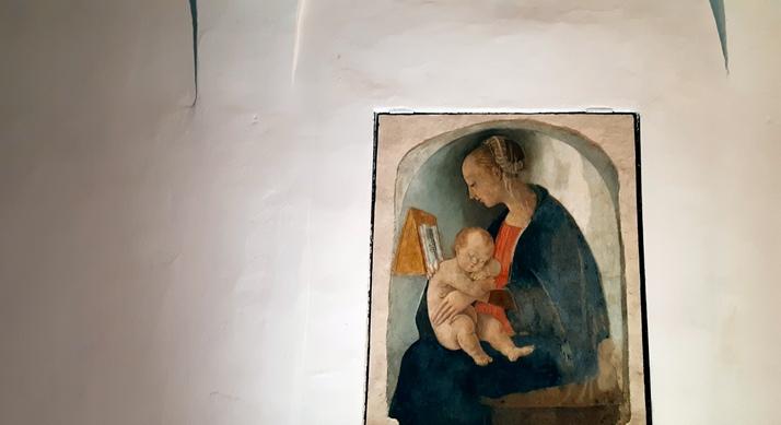 madonna con bambino attribuita a Raffaello nella casa natale