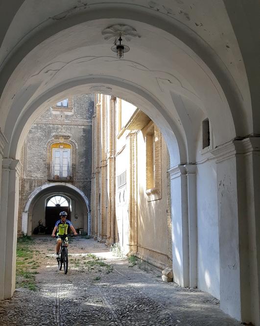 palazzo storico centro storico Ferrandina