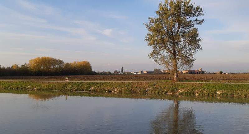 argine del Canalbianco, vacanze in bici e barca tra Venezia e Mantova con Girolibero