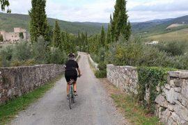 cicloturismo in toscana, castello di meleto